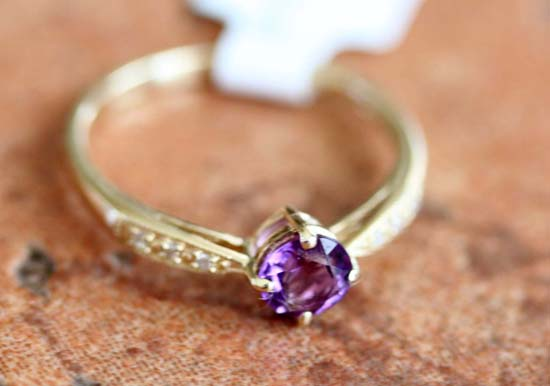 10K Yellow Gold Diamond Accent Amethyst Ring Size 6 1/2
