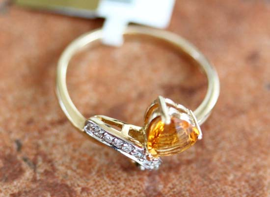 14K Yellow Gold Diamond Citrine Ring Size 7