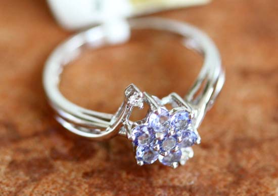 14K White Gold Diamond Tanzanite Flower Ring Size 7