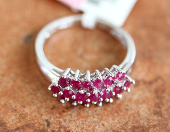 14K White Gold Ruby Ring Size 7