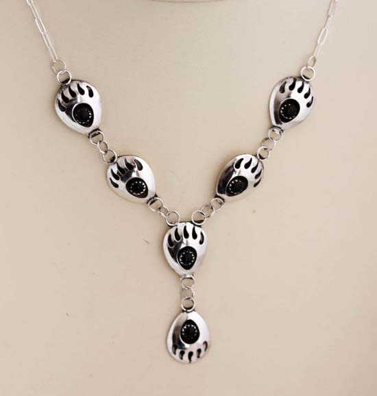Navajo Silver Onyx Bear Paw Necklace