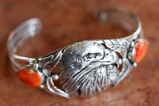 Navajo Silver Spiny Oyster Eagle Bracelet