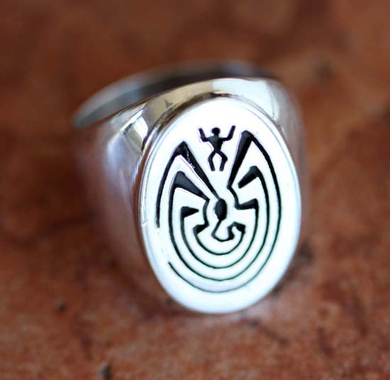 Navajo Silver Man in the Maze Ring Size 10 1/2