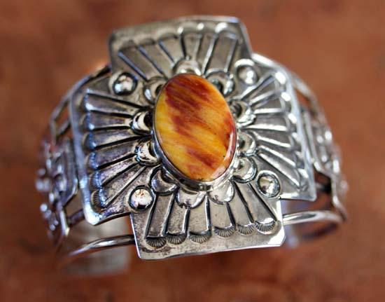 Navajo Silver Spiny Oyster Bracelet