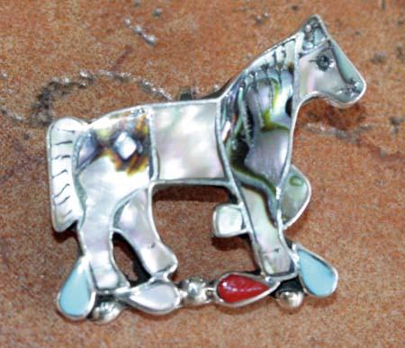 Zuni Horse Pin/Pendant by Carmen Leekity