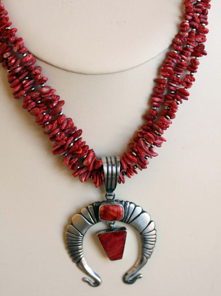 Navajo Spiny Oyster Necklace By Charles Johnston
