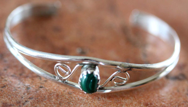 Navajo Sterling Silver Malachite Children's Bracelet